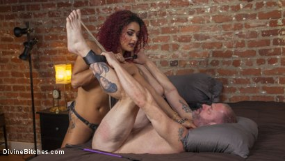 Photo number 16 from Drown in my squirt, slaveboy! shot for divinebitches on Kink.com. Featuring D. Arclyte and Daisy Ducati in hardcore BDSM & Fetish porn.