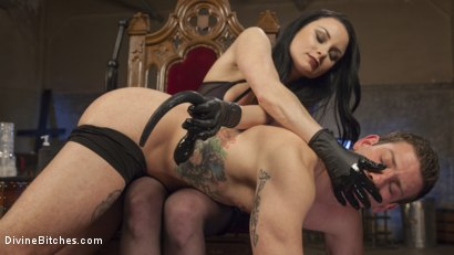 Photo number 5 from Veruca James Presents: Divine Pet Obedience Training 101 shot for Divine Bitches on Kink.com. Featuring Veruca James and Reed Jameson in hardcore BDSM & Fetish porn.