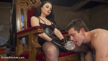 Photo number 7 from Veruca James Presents: Divine Pet Obedience Training 101 shot for Divine Bitches on Kink.com. Featuring Veruca James and Reed Jameson in hardcore BDSM & Fetish porn.