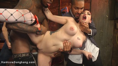 Photo number 14 from Damn Fine Pie! A Twin Peaks Parody Gangbang shot for Hardcore Gangbang on Kink.com. Featuring Amber Ivy , Tommy Pistol, Owen Gray, Will Havoc, Mickey Mod and Jon Jon in hardcore BDSM & Fetish porn.