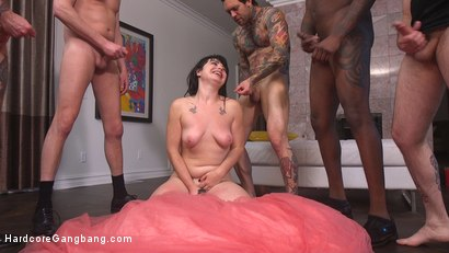 Photo number 33 from The Red Bride shot for Hardcore Gangbang on Kink.com. Featuring Siouxsie Q, Tommy Pistol, Jon Jon, Small Hands, Mark Wood and Will Havoc in hardcore BDSM & Fetish porn.