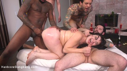 Photo number 22 from The Red Bride shot for Hardcore Gangbang on Kink.com. Featuring Siouxsie Q, Tommy Pistol, Jon Jon, Small Hands, Mark Wood and Will Havoc in hardcore BDSM & Fetish porn.