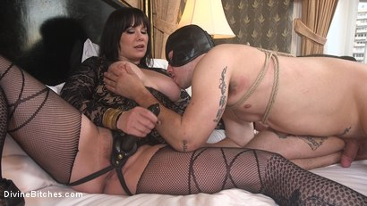 Photo number 22 from The Queen's Slave Training shot for Divine Bitches on Kink.com. Featuring Maitresse Madeline Marlowe  and Reed Jameson in hardcore BDSM & Fetish porn.