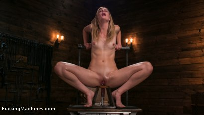 Photo number 12 from Fucking Machine Squirt-a-thon with Mona Wales shot for Fucking Machines on Kink.com. Featuring Mona Wales in hardcore BDSM & Fetish porn.