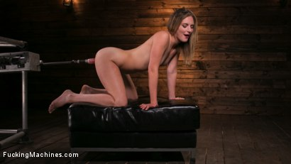 Photo number 15 from Fucking Machine Squirt-a-thon with Mona Wales shot for Fucking Machines on Kink.com. Featuring Mona Wales in hardcore BDSM & Fetish porn.