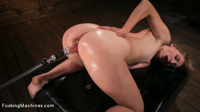 Photo number 9 from Fucking Machine Squirt-a-thon with Mona Wales shot for Fucking Machines on Kink.com. Featuring Mona Wales in hardcore BDSM & Fetish porn.