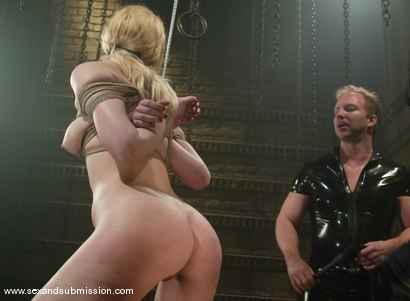 Photo number 11 from Annette Schwarz shot for Sex And Submission on Kink.com. Featuring Brandon Iron and Annette Schwarz in hardcore BDSM & Fetish porn.