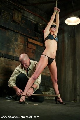 Photo number 4 from The Modeling Agent shot for Sex And Submission on Kink.com. Featuring Mark Davis and Alexa Lynn in hardcore BDSM & Fetish porn.