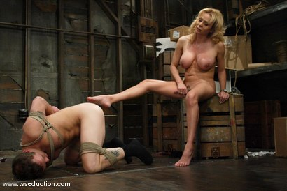 Photo number 11 from Billy and Gia Darling shot for TS Seduction on Kink.com. Featuring Gia Darling and Billy in hardcore BDSM & Fetish porn.