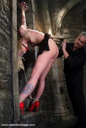 Photo number 3 from Sarah Jane Ceylon shot for Water Bondage on Kink.com. Featuring Sarah Jane Ceylon in hardcore BDSM & Fetish porn.