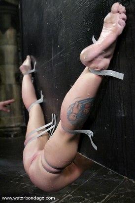 Photo number 10 from Sarah Jane Ceylon shot for Water Bondage on Kink.com. Featuring Sarah Jane Ceylon in hardcore BDSM & Fetish porn.
