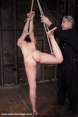Photo number 6 from Penny Barber shot for Water Bondage on Kink.com. Featuring Penny Barber in hardcore BDSM & Fetish porn.