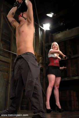 Photo number 7 from Billy and Lorelei Lee shot for Men In Pain on Kink.com. Featuring Billy and Lorelei Lee in hardcore BDSM & Fetish porn.