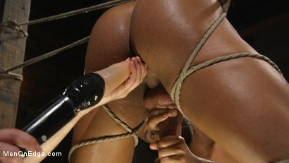 Photo number 18 from Muscle Stud Draven Navarro Gets His Big Cock Sucked and Edged shot for Men On Edge on Kink.com. Featuring Draven Navarro in hardcore BDSM & Fetish porn.