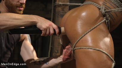 Photo number 20 from Muscle Stud Draven Navarro Gets His Big Cock Sucked and Edged shot for Men On Edge on Kink.com. Featuring Draven Navarro in hardcore BDSM & Fetish porn.