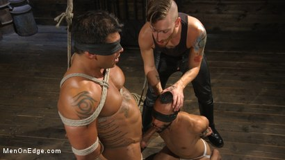 Photo number 4 from Muscle Stud Draven Navarro Gets His Big Cock Sucked and Edged shot for Men On Edge on Kink.com. Featuring Draven Navarro in hardcore BDSM & Fetish porn.