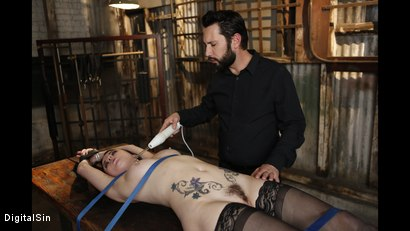 Photo number 14 from Veruca James Succumbs To His Wishes shot for Digital Sin on Kink.com. Featuring Veruca James and Tommy Pistol in hardcore BDSM & Fetish porn.
