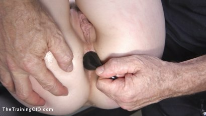 Photo number 7 from Alex Harper, Pretty Pale and Pliant  shot for The Training Of O on Kink.com. Featuring Tommy Pistol and Alex Harper in hardcore BDSM & Fetish porn.