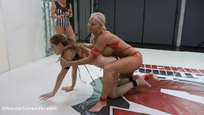 Photo number 5 from Blonde Pain slut and all Natural brunette battle in a sex fight shot for Ultimate Surrender on Kink.com. Featuring London River and Bobbi Dylan in hardcore BDSM & Fetish porn.