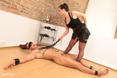 Photo number 24 from Thomas Can't Stand Up shot for FemDum on Kink.com. Featuring Eliza and Thomas in hardcore BDSM & Fetish porn.