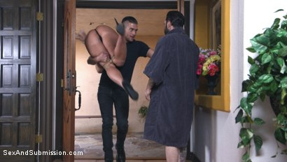 Photo number 4 from Heartbreaker shot for Sex And Submission on Kink.com. Featuring Tommy Pistol, Xander Corvus and London River in hardcore BDSM & Fetish porn.