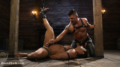Photo number 11 from Bodybuilder Draven Navarro Takes Pain, Extreme CBT, and Gets Fucked shot for Bound Gods on Kink.com. Featuring Dominic Pacifico and Draven Navarro in hardcore BDSM & Fetish porn.
