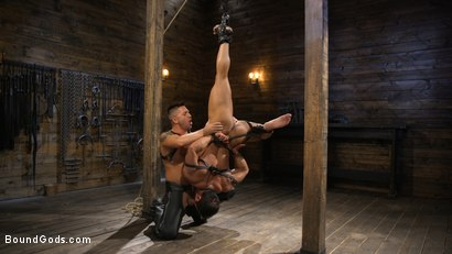 Photo number 14 from Bodybuilder Draven Navarro Takes Pain, Extreme CBT, and Gets Fucked shot for Bound Gods on Kink.com. Featuring Dominic Pacifico and Draven Navarro in hardcore BDSM & Fetish porn.
