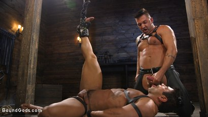 Photo number 18 from Bodybuilder Draven Navarro Takes Pain, Extreme CBT, and Gets Fucked shot for Bound Gods on Kink.com. Featuring Dominic Pacifico and Draven Navarro in hardcore BDSM & Fetish porn.