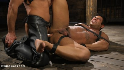 Photo number 10 from Bodybuilder Draven Navarro Takes Pain, Extreme CBT, and Gets Fucked shot for Bound Gods on Kink.com. Featuring Dominic Pacifico and Draven Navarro in hardcore BDSM & Fetish porn.