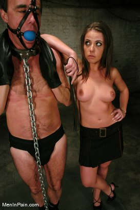 Photo number 4 from Penny And Bill + Kimberlee and Lobo shot for Men In Pain on Kink.com. Featuring Penny Flame, Wild Bill and Kimberlee Cline in hardcore BDSM & Fetish porn.