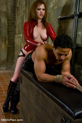 Photo number 13 from Penny And Bill + Kimberlee and Lobo shot for Men In Pain on Kink.com. Featuring Penny Flame, Wild Bill and Kimberlee Cline in hardcore BDSM & Fetish porn.