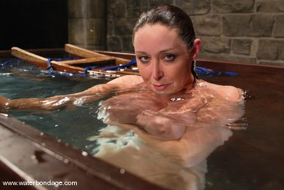 Photo number 15 from Christina Carter shot for Water Bondage on Kink.com. Featuring Christina Carter in hardcore BDSM & Fetish porn.