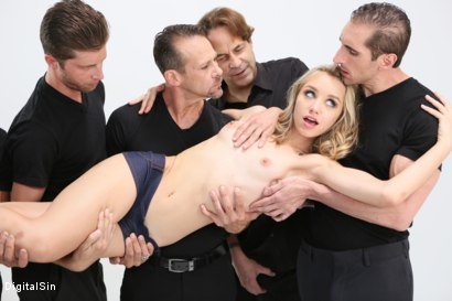 Photo number 5 from Meat Meeting In A Hot Mouth shot for Digital Sin on Kink.com. Featuring Aurora Belle, Scott Lyons, Filthy Rich, Dylan Snow, Tommy Gunn, Eric John and Leo Christiensen in hardcore BDSM & Fetish porn.