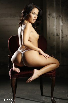 Shaved Nude Adult Photography