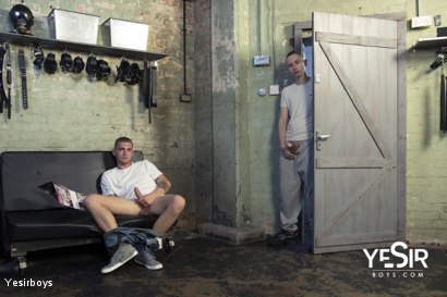 Photo number 5 from Hard Lesson shot for Yesirboys on Kink.com. Featuring Master Aaron and Clyde Walton in hardcore BDSM & Fetish porn.