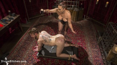 Photo number 12 from Gorgeous Sadist Bella Rossi Torments An Unsuspecting Mike Panic shot for Divine Bitches on Kink.com. Featuring Bella Rossi and Mike Panic in hardcore BDSM & Fetish porn.