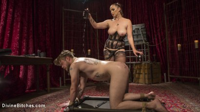Photo number 13 from Gorgeous Sadist Bella Rossi Torments An Unsuspecting Mike Panic shot for Divine Bitches on Kink.com. Featuring Bella Rossi and Mike Panic in hardcore BDSM & Fetish porn.