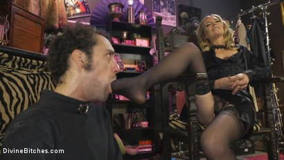 Photo number 5 from Mona Wales Trains Her New Beta Bitch Boytoy shot for Divine Bitches on Kink.com. Featuring Mona Wales and DJ in hardcore BDSM & Fetish porn.