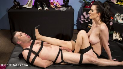 Photo number 7 from Cherry Torn Dominates and Fucks Foot-Sniffing Pervert Lance Hart shot for Divine Bitches on Kink.com. Featuring Cherry Torn and Lance Hart in hardcore BDSM & Fetish porn.