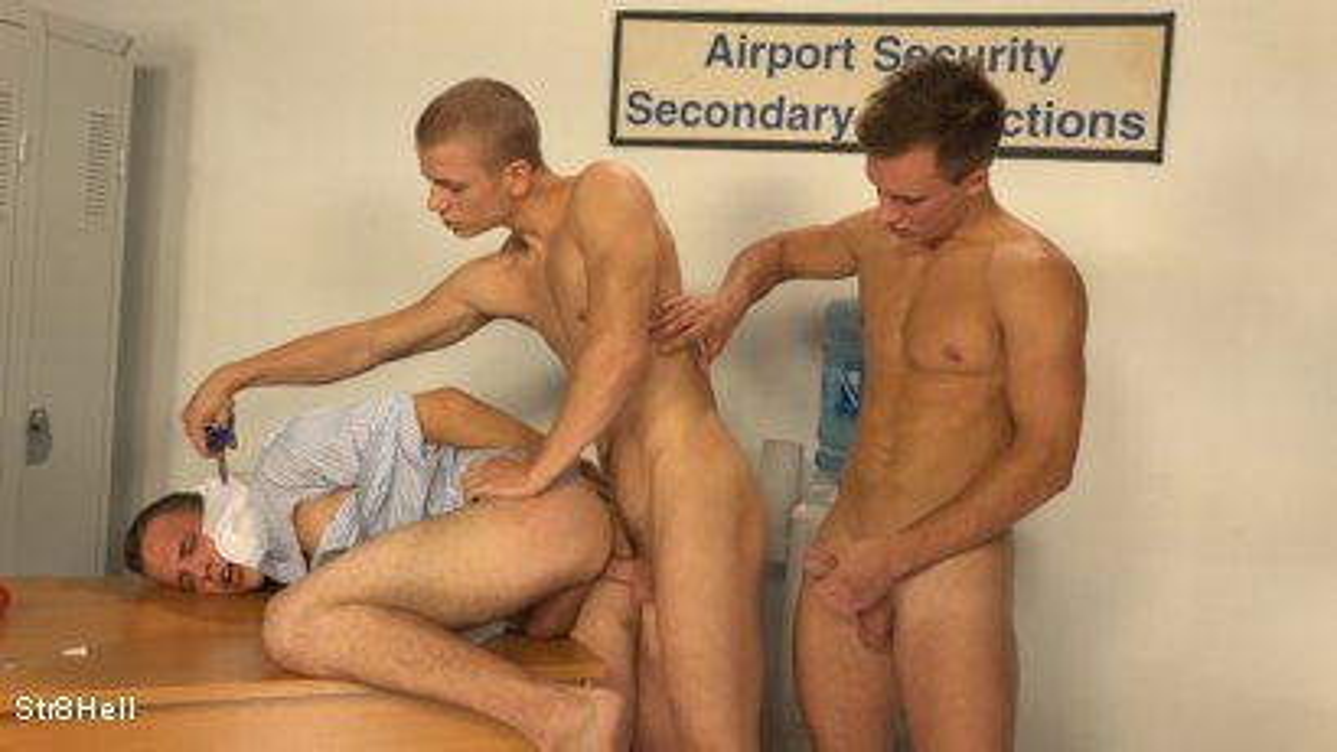 airport security porn