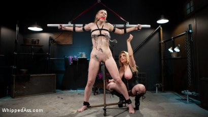 Photo number 12 from Delirious Hunter's Orgasms Belong to Latex Dominatrix Aiden Starr shot for Whipped Ass on Kink.com. Featuring Delirious Hunter and Aiden Starr in hardcore BDSM & Fetish porn.