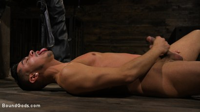 Photo number 4 from New Slave Cesar Xes petitions the House shot for Bound Gods on Kink.com. Featuring Sebastian Keys and Cesar Xes in hardcore BDSM & Fetish porn.
