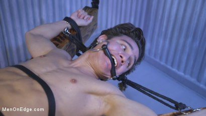 Photo number 1 from Muscle Twink Josh Hunter Edged in Captivity  shot for Men On Edge on Kink.com. Featuring Josh Hunter in hardcore BDSM & Fetish porn.