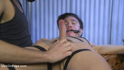 Photo number 5 from Muscle Twink Josh Hunter Edged in Captivity  shot for Men On Edge on Kink.com. Featuring Josh Hunter in hardcore BDSM & Fetish porn.