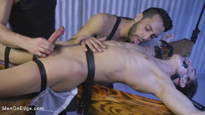 Photo number 8 from Muscle Twink Josh Hunter Edged in Captivity  shot for Men On Edge on Kink.com. Featuring Josh Hunter in hardcore BDSM & Fetish porn.