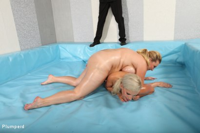 Photo number 5 from Kate Vs. Petra shot for Plumperd on Kink.com. Featuring Petra and Kate in hardcore BDSM & Fetish porn.