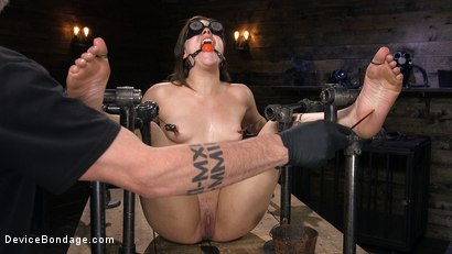 Photo number 7 from Big Booty Bitch Gets Beat Down shot for Device Bondage on Kink.com. Featuring Kimber Woods and The Pope in hardcore BDSM & Fetish porn.