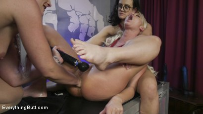Photo number 10 from 2 Butt sluts get Fisted & Fucked shot for Everything Butt on Kink.com. Featuring Savannah Fox, London River and Penny Barber in hardcore BDSM & Fetish porn.