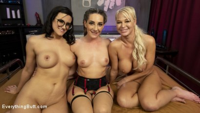 Photo number 16 from 2 Butt sluts get Fisted & Fucked shot for Everything Butt on Kink.com. Featuring Savannah Fox, London River and Penny Barber in hardcore BDSM & Fetish porn.