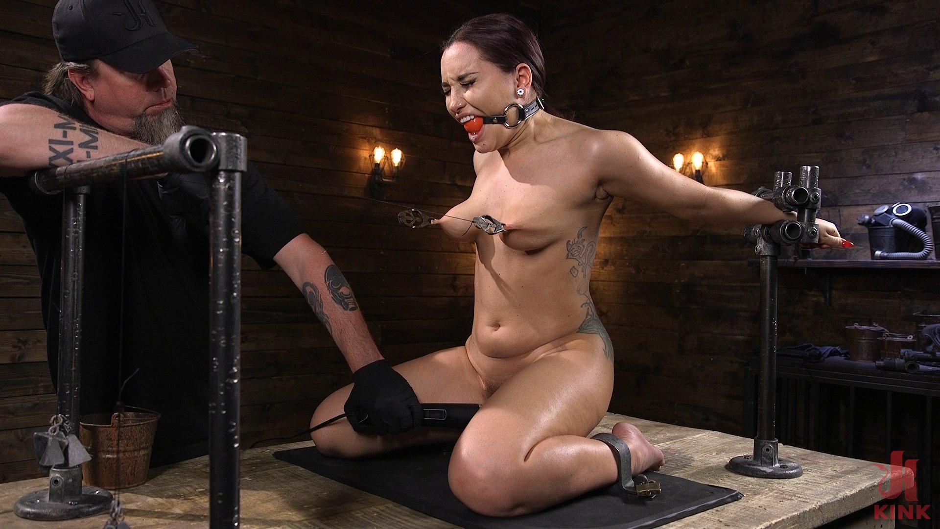 Gabriella Paltrova Anal Orgasm in Diabolical Predicament Bondage